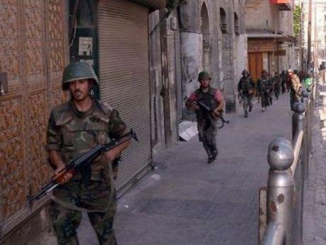 Quan doi Syria gianh quyen kiem soat khu cong nghiep o Aleppo - Anh 1