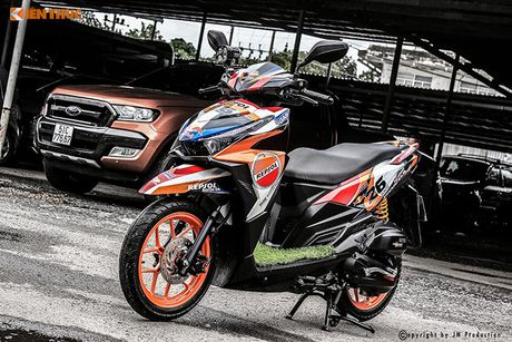 Honda Click 125i ban do Repsol 'sieu chat' tai Sai Gon - Anh 1