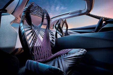 Lexus 'dap tra' BMW X2 voi crossover UX sieu hien dai - Anh 7