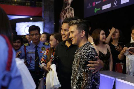 Nghe si Viet no nuc di xem liveshow cua Mr Dam - Anh 11
