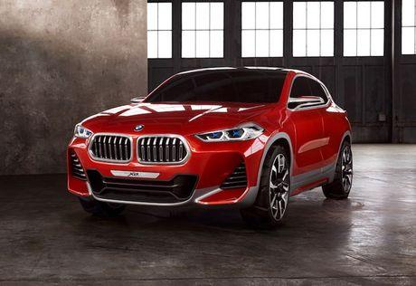 Crossover co nho BMW X2 'dau' Mercedes GLA co gi? - Anh 1