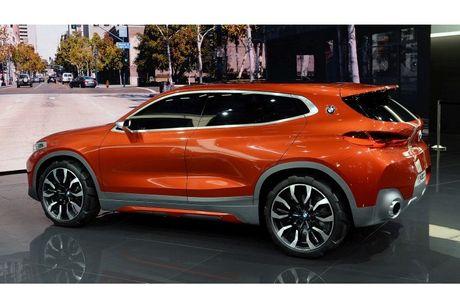 Crossover co nho BMW X2 'dau' Mercedes GLA co gi? - Anh 7
