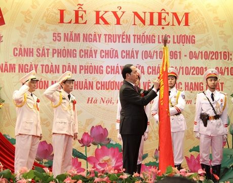 Chu tich nuoc du Le ky niem 55 nam Ngay truyen thong luc luong Canh sat PCCC - Anh 2