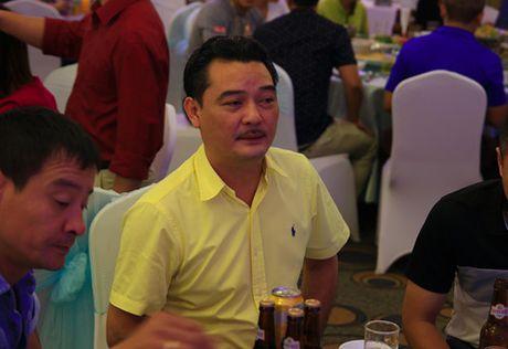 Trung ve Nguyen Dai Dong va vo hanh phuc trong ngay cuoi - Anh 3