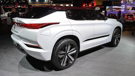 Moi xem bo anh Mitsubishi GT-PHEV Concept - Lieu co phai la tuong lai cua Mitsubishi? - Anh 2