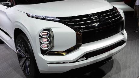 Moi xem bo anh Mitsubishi GT-PHEV Concept - Lieu co phai la tuong lai cua Mitsubishi? - Anh 6
