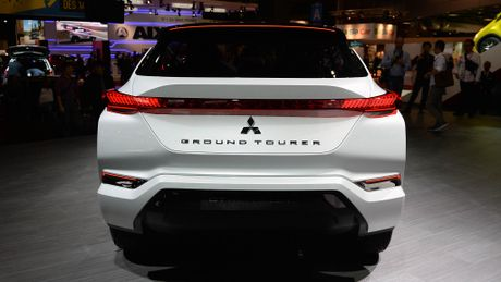 Moi xem bo anh Mitsubishi GT-PHEV Concept - Lieu co phai la tuong lai cua Mitsubishi? - Anh 7