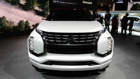 Moi xem bo anh Mitsubishi GT-PHEV Concept - Lieu co phai la tuong lai cua Mitsubishi? - Anh 8