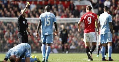 Highlight: MU 1-1 Stoke City (Vong 7 NHA) - Anh 1