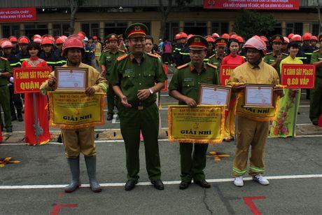 Ren luyen tot de chong giac lua bao ve tinh mang, tai san cua nguoi dan - Anh 3