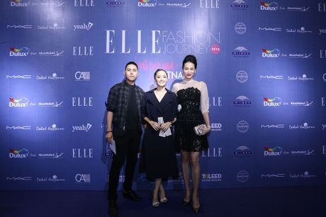Dan Hoa hau, A hau 'do bo' tham do dem cuoi cua Elle Fashion Journey 2016 - Anh 12