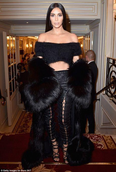 Pham Bang Bang, Kim Kardashian goi cam day me hoac - Anh 5