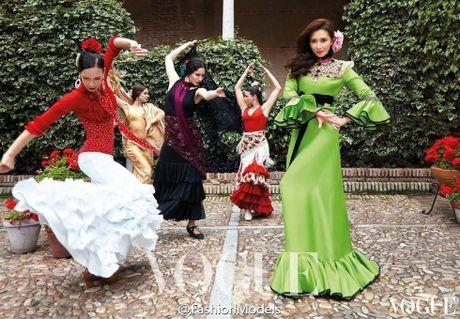 'Chan dai' Lam Chi Linh ruc lua trong vu dieu flamenco nong bong - Anh 3