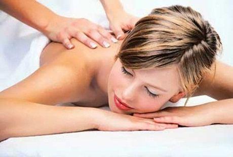 8 dong tac massage than ky tri bach benh - Anh 1