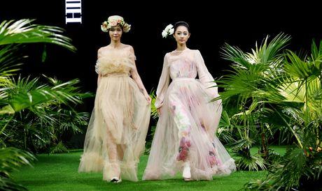 Vietnam Fashion Week: Xanh muot xuan he chau A nhiet doi moi - Anh 5