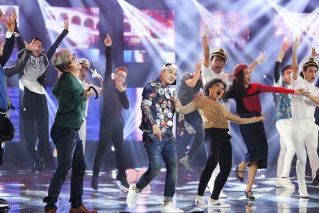 Liveshow 12 ty cua Dam Vinh Hung dep den tung 'duong kim, mui chi' - Anh 4