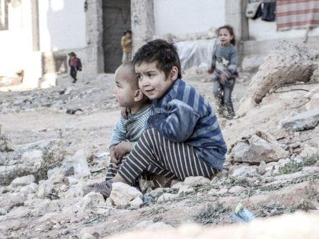 Tan cong vao benh vien o Aleppo la 'toi ac chien tranh ghe tom' - Anh 1