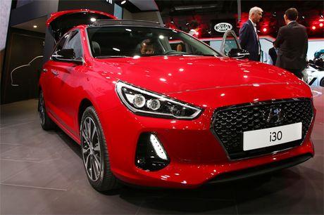 Hyundai i30 the he moi ra mat - them thach thuc cho Mazda3 - Anh 1