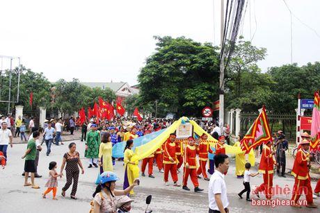 Don bang di tich lich su cap tinh Nha tho dai ton va Khu mo to dong ho Le Viet - Anh 2