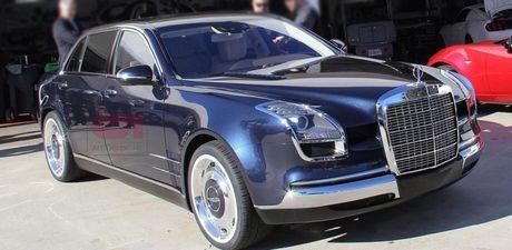 Hang 'kich doc' Mercedes-Benz Royale 600 tai xuat tren duong pho Paris - Anh 1