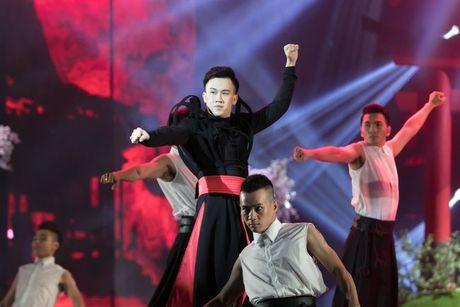 Liveshow 12 ty Dam Vinh Hung: Nhu dang lac vao thien duong giai tri Las Vegas! - Anh 17