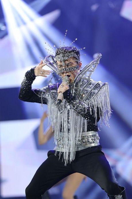 Liveshow 12 ty Dam Vinh Hung: Nhu dang lac vao thien duong giai tri Las Vegas! - Anh 19
