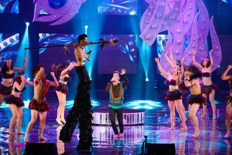 Liveshow 12 ty Dam Vinh Hung: Nhu dang lac vao thien duong giai tri Las Vegas! - Anh 1