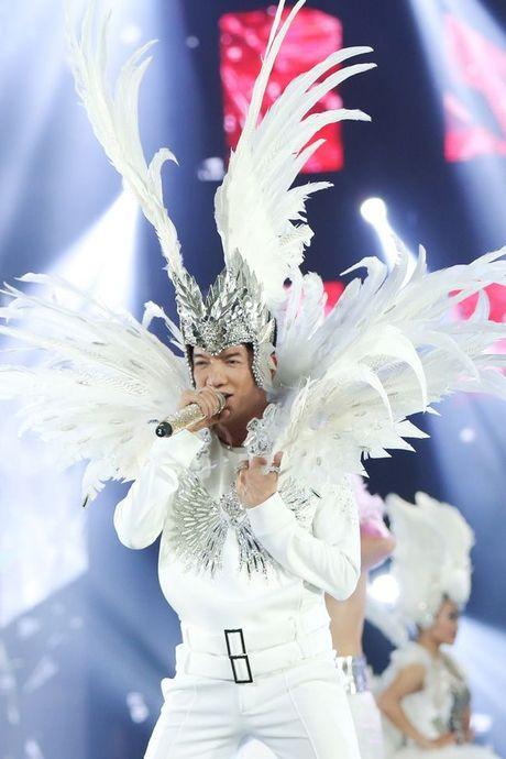 Liveshow 12 ty Dam Vinh Hung: Nhu dang lac vao thien duong giai tri Las Vegas! - Anh 20