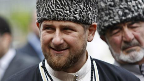 Quoc truong Chechnya ra lenh ban het toi pham ma tuy - Anh 1