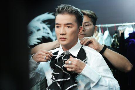 Co gi trong liveshow 12 ti dong cua Dam Vinh Hung? - Anh 6