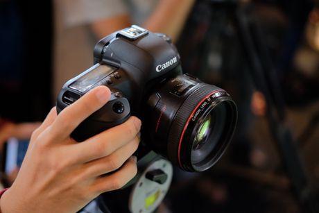 Canon gioi thieu may anh EOS 5D Mark IV tai Viet Nam - Anh 4