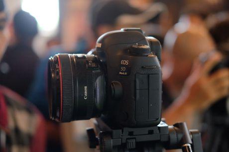 Canon gioi thieu may anh EOS 5D Mark IV tai Viet Nam - Anh 6