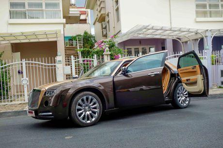 Tho Viet do Chrysler 300C thanh 'Rolls-Royce' het 200 trieu - Anh 3