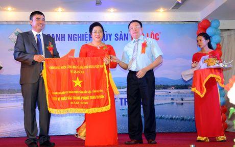 Doanh nghiep tu nhan thuy san Dac Loc nhan co thi dua Chinh phu - Anh 2