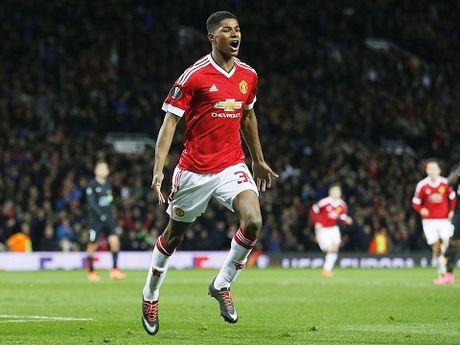 18h00 ngay 2/10, Man United-Stoke: Rashford se toa sang ruc ro - Anh 1