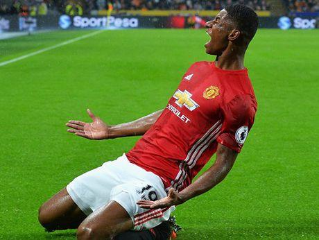 18h00 ngay 2/10, Man United-Stoke: Rashford se toa sang ruc ro - Anh 2