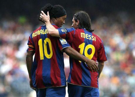Ronaldinho noi gi ve Neymar, Messi va quang thoi gian tai Barcelona? - Anh 2