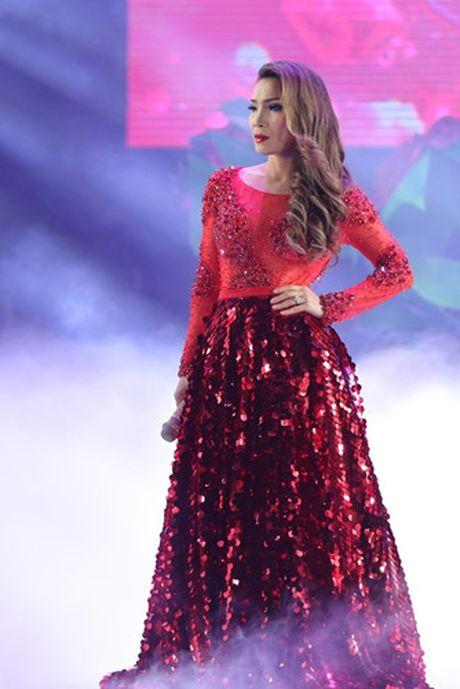 Choang ngop 'Sieu show kim cuong' nua trieu USD cua Dam Vinh Hung - Anh 19