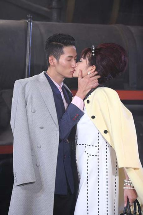 Ngam hanh trinh 'lot xac' cua Quan quan Ngoc Chau VN Next Top Model - Anh 11