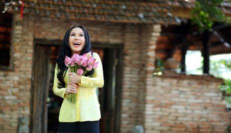Giat minh voi khoi tai san khung cua danh hai Viet Huong - Anh 1
