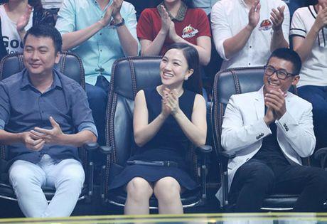 Vo chong Phan Dinh Tung hat tang con gai tren truyen hinh - Anh 3