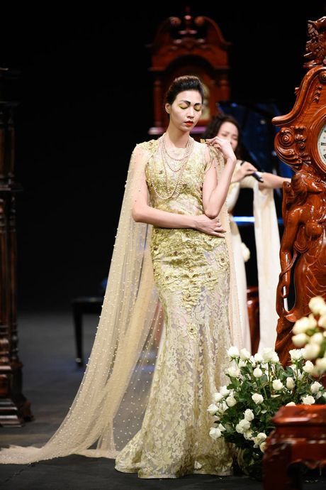 Thoi gian lang dong tai dem dien haute couture VFW - Anh 1