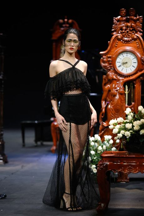 Thoi gian lang dong tai dem dien haute couture VFW - Anh 7