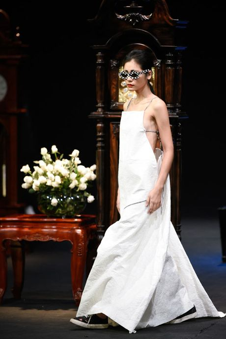 Thoi gian lang dong tai dem dien haute couture VFW - Anh 8