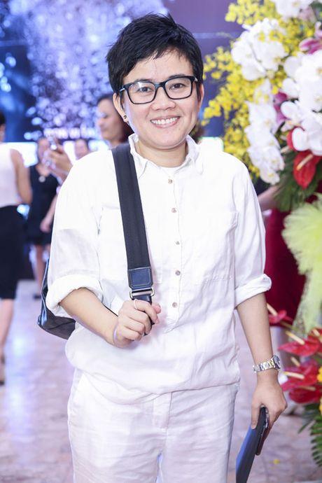 Quach Tuan Du khoe ban gai doanh nhan giua tin don gioi tinh - Anh 10