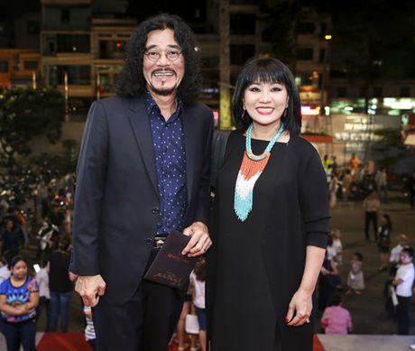 Quach Tuan Du khoe ban gai doanh nhan giua tin don gioi tinh - Anh 11