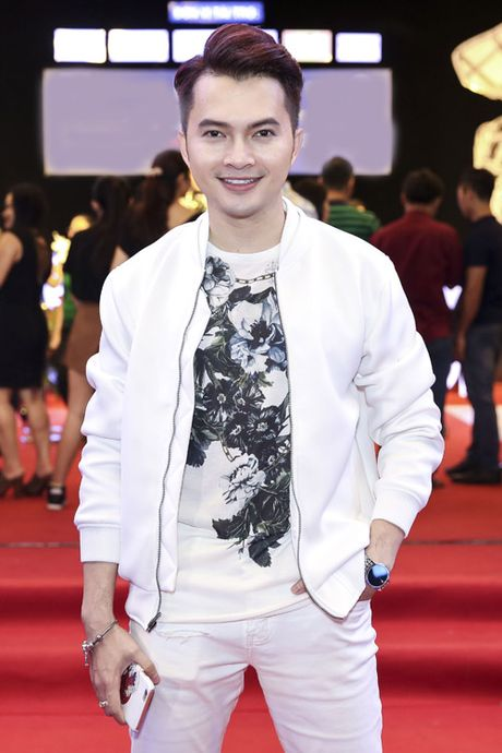 Quach Tuan Du khoe ban gai doanh nhan giua tin don gioi tinh - Anh 14