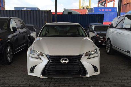 'Cham mat' xe sang Lexus GS 200t gia 3,1 ty tai Ha Noi - Anh 2
