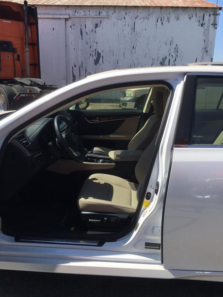 'Cham mat' xe sang Lexus GS 200t gia 3,1 ty tai Ha Noi - Anh 5