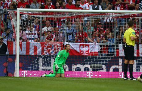 Bundesliga vong 6: Bayern hoa soc, Dortmund thua soc hon - Anh 2